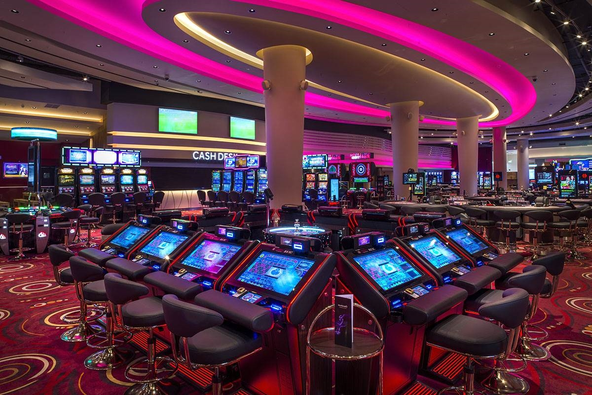 csasino tables for roulette and slot machines